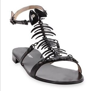 Wanted Bonefish sandals black new with box